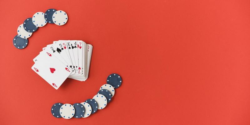 Best Poker Chips and Best Poker Cards for Home Games