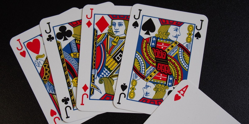 4 jacks - rules for 5 card stud