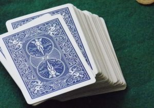 Read more about the article How to play 5 card draw?