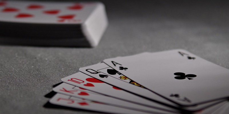 Card deck and five Indian poker cards