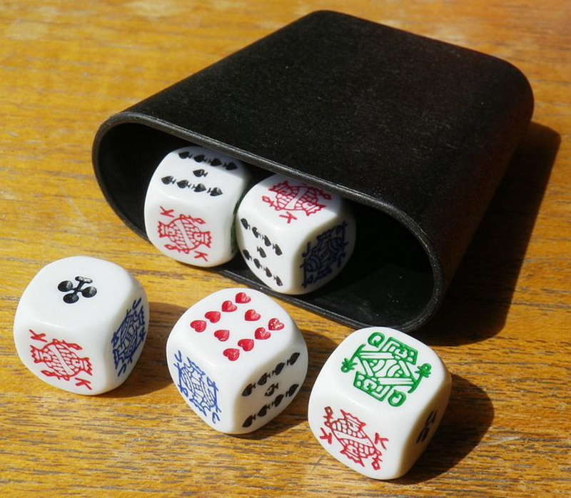 5 dice - how to play dice poker